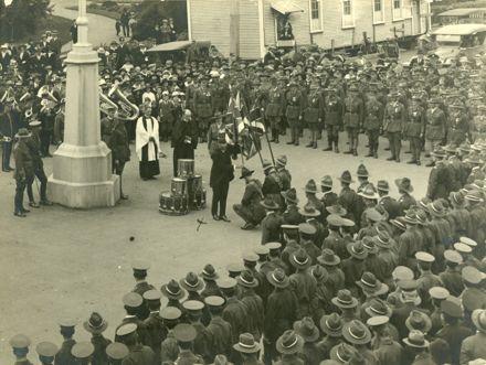 Presentation of the Colours to Wellington Regiment