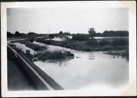 Bourke's Drain, Rangiotu Flood