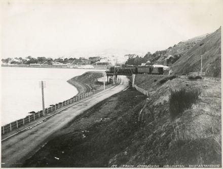 Manawatu Train Entering Wellington