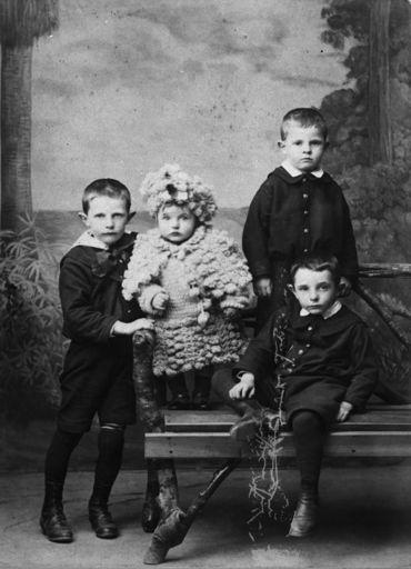 Children of Frederick Pirani
