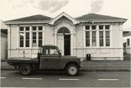 Feilding Public Library