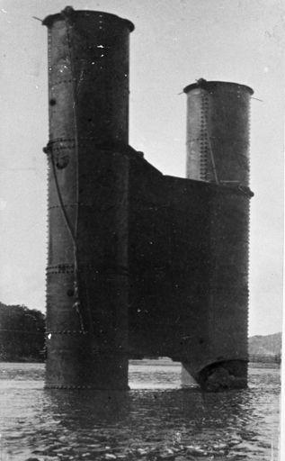 Ashhurst Bridge piles