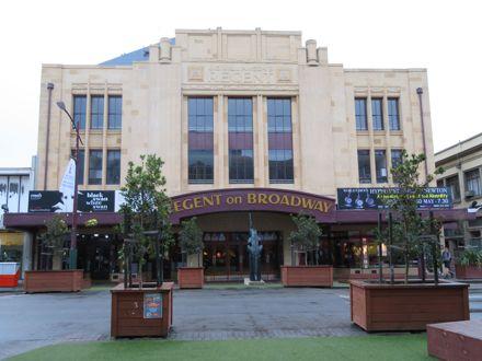 Regent Theatre, Broadway