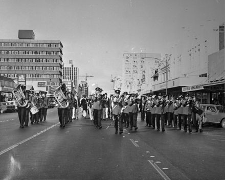 NZ Army Band marching down Rangitikei Street
