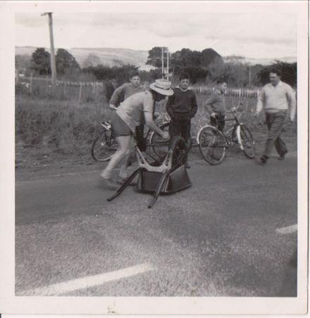 Wheelbarrow race Ashhurst-Palmerston North