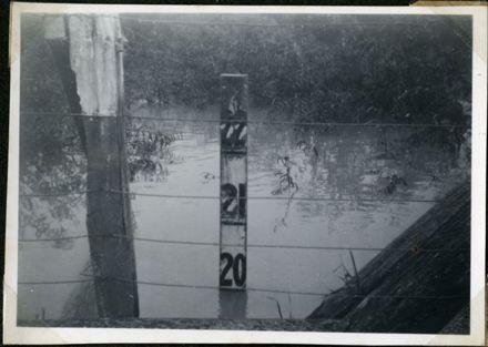Water Level Gauge, Rangiotu Flood