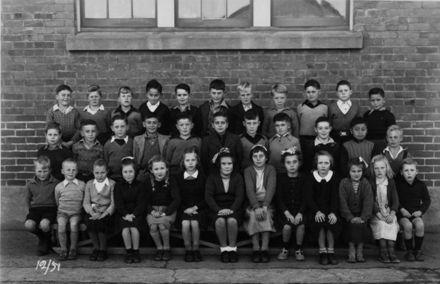 Foxton School Class 12 (?), 1951
