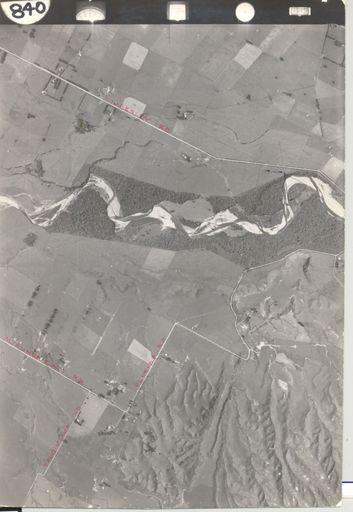 Ohau River between Muhunoa East Road and Kimberley Road, 1942
