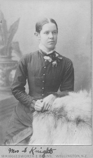 Maud Knight (nee Hunt)
