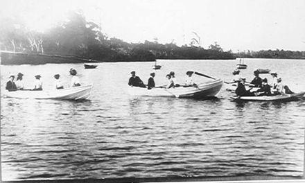Boating on Lake Papaitonga, c.1900