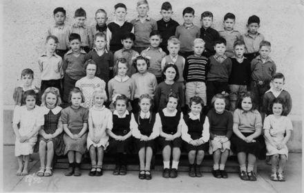 Foxton School, Class 18 (?), 1952