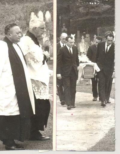 Funeral of Mrs Rangiahuta Richards in Rangiatea cemetery