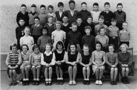 Foxton School, Class 16 (?), 1952