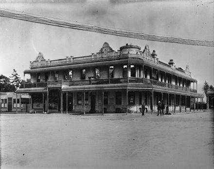 Feilding Hotel
