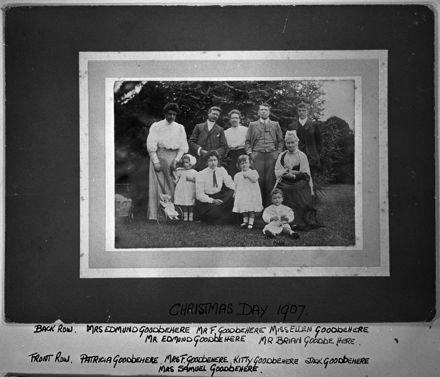 Goodbehere Family, c. 1907