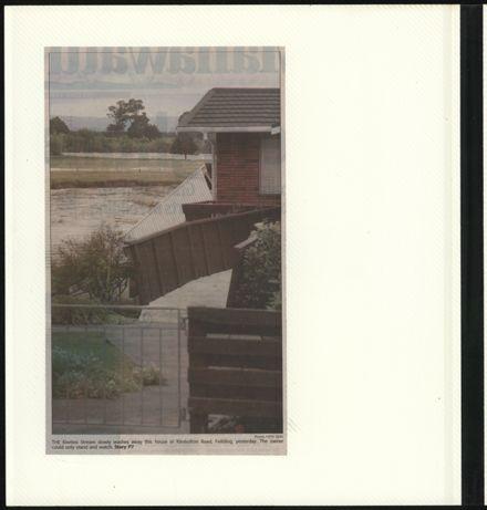 Page 50: Album: 2004 Flood