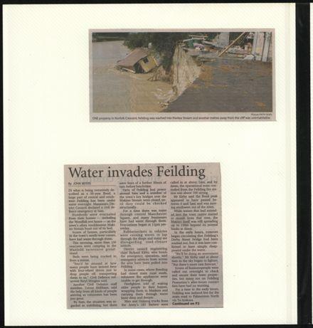 Page 24: Album: 2004 Flood