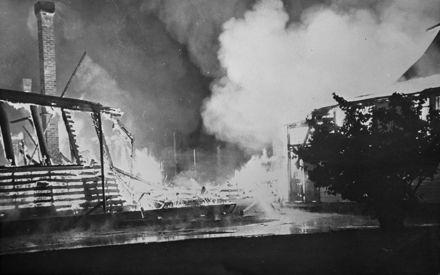 Manchester St School fire - 1954 : 37-11