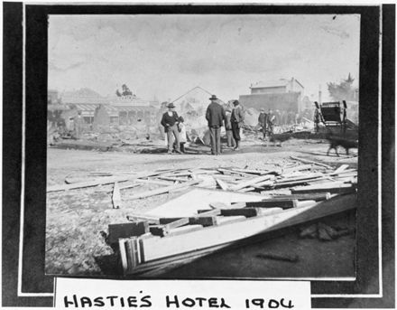 Fire at Hastie's Hotel, c. 1904