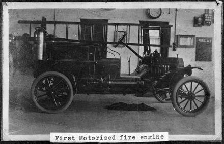First Motorised Fire Engine