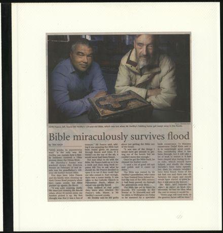 Page 59: Album: 2004 Flood