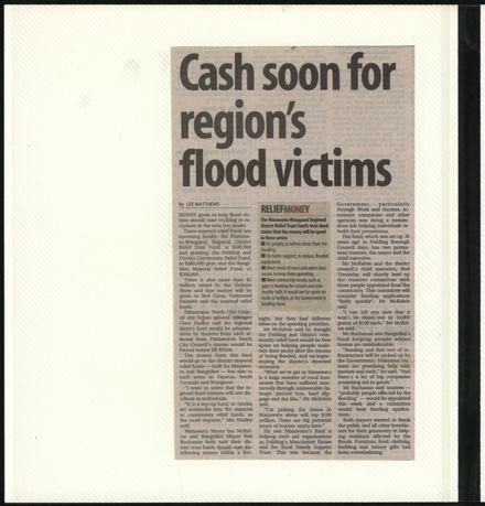 Page 12: Album: 2004 Flood