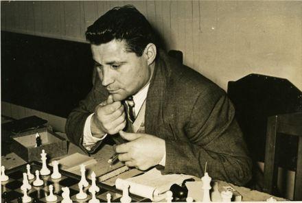 Michael Kopytko playing chess